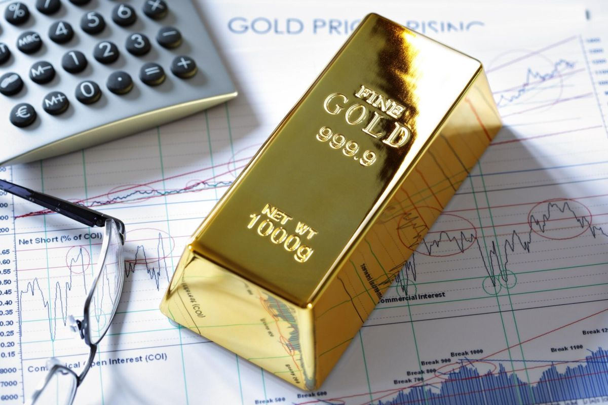 shares of gold mining companies