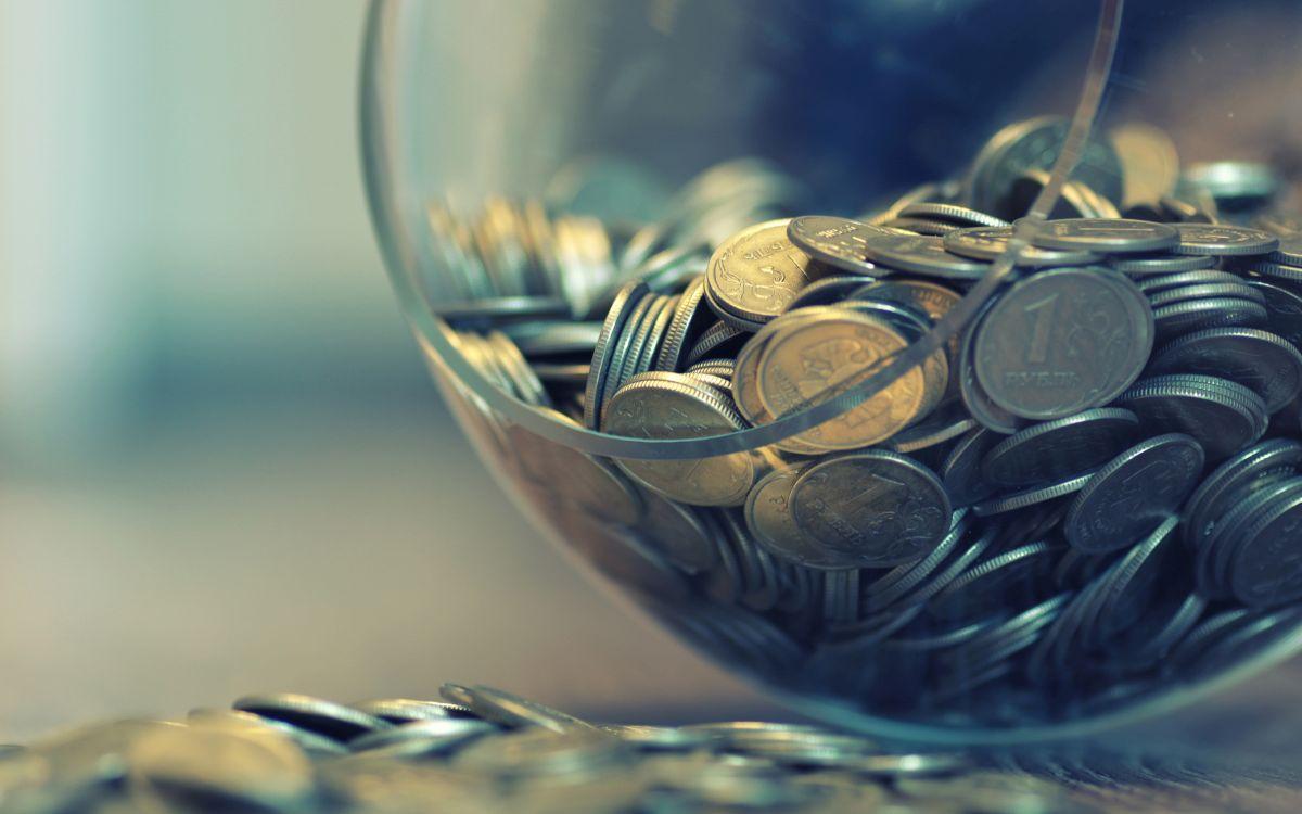 behavior of the ruble