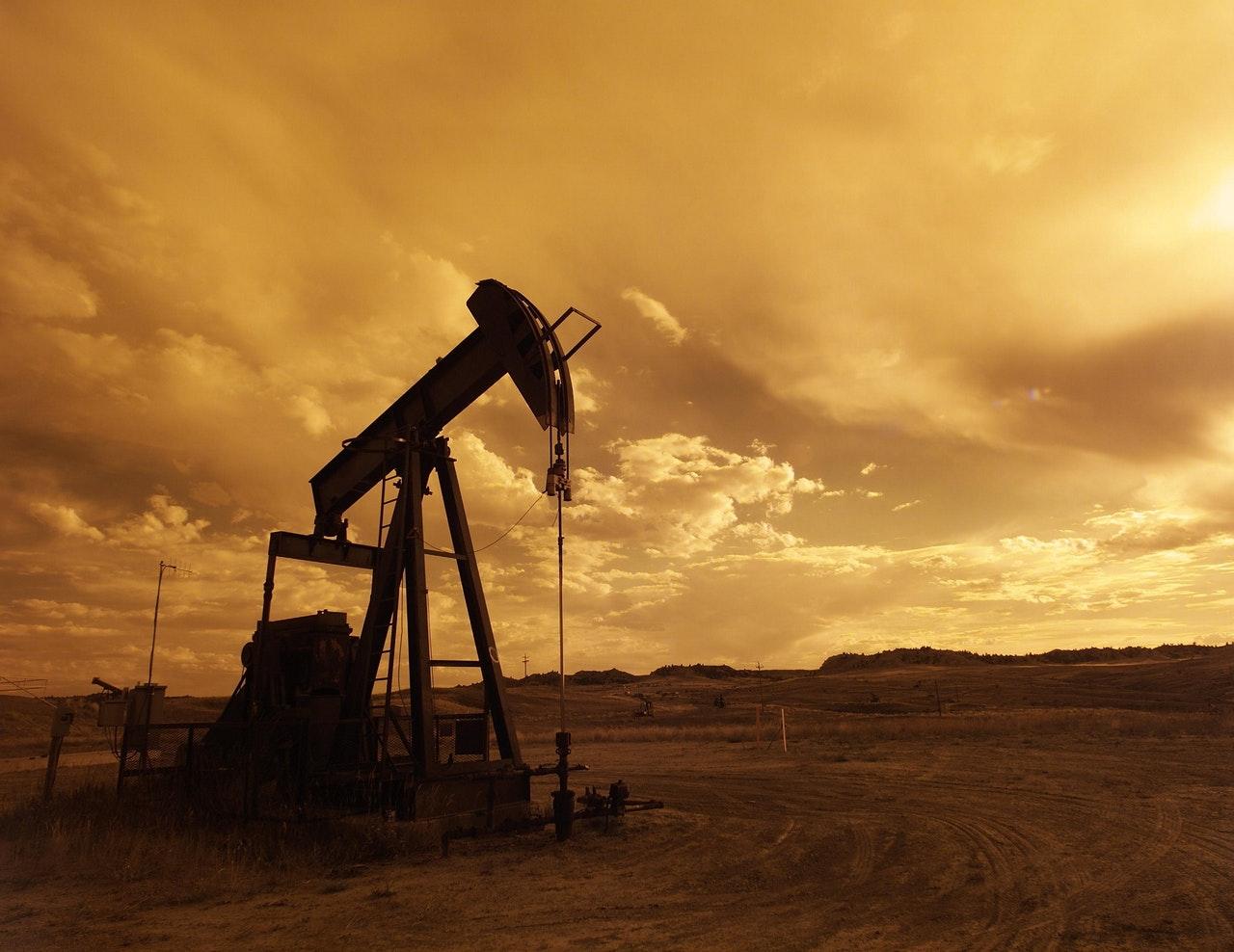 Brent oil price-1